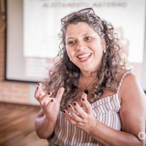 Claudia Gondim – Especialista em Amamentação